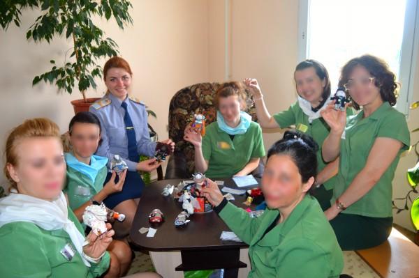 Психологи ИК-6 УФСИН России по Орловской области в работе с осужденными женщинами используют  куклотерапию