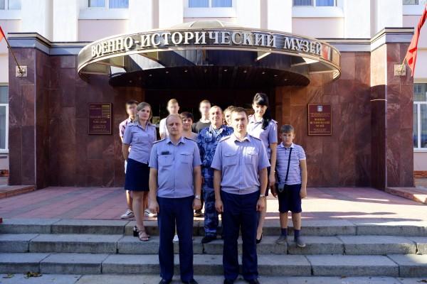 Несовершеннолетние осужденные без изоляции от общества, состоящие на учете УИИ Орловской области, посетили военно - исторический музей города Орла