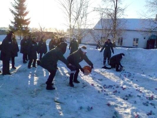 В ИК-6 И КП-3 УФСИН России по Орловской области новогодние каникулы завершились зимним спортивным праздником